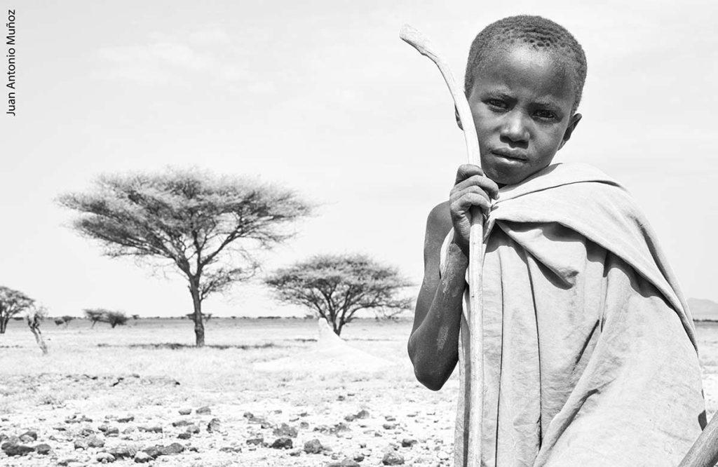Joven Turkana Kenia