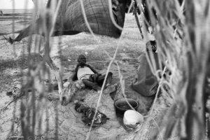 Descansando en el lago Turkana Kenia