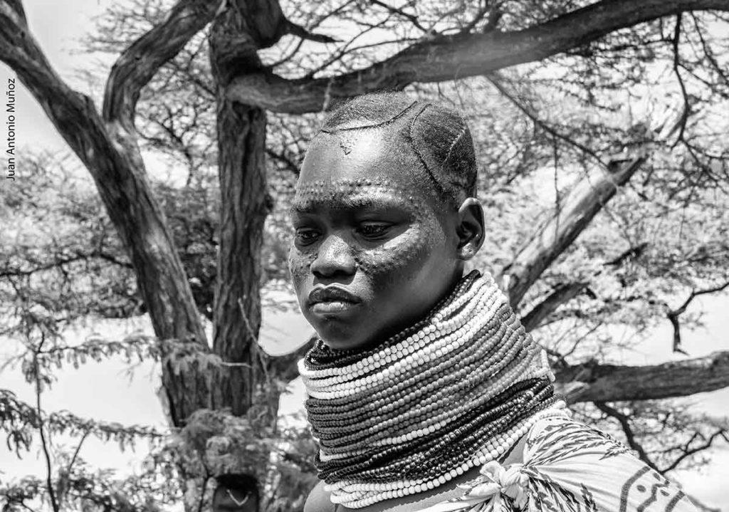 Escarificación Turkana Kenia