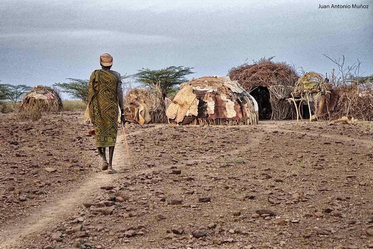 Llegando a la aldea Kenia
