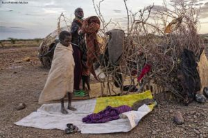 Recogiendo camp Kenia