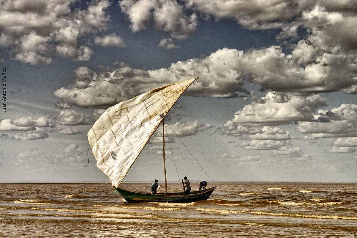 Velero en Turkana Kenia