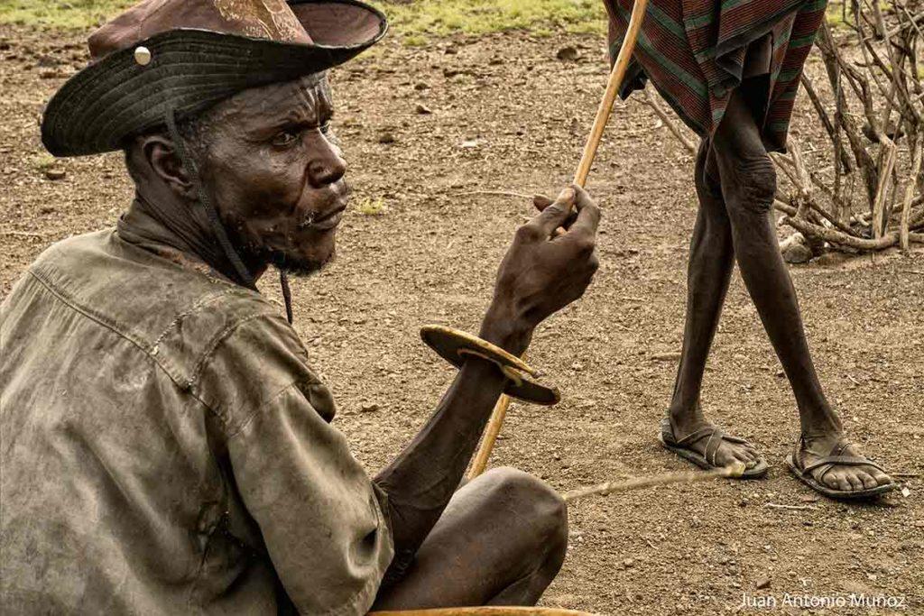 Brazalete guerrero Kenia