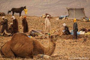 Acampando en el mercado Marruecos