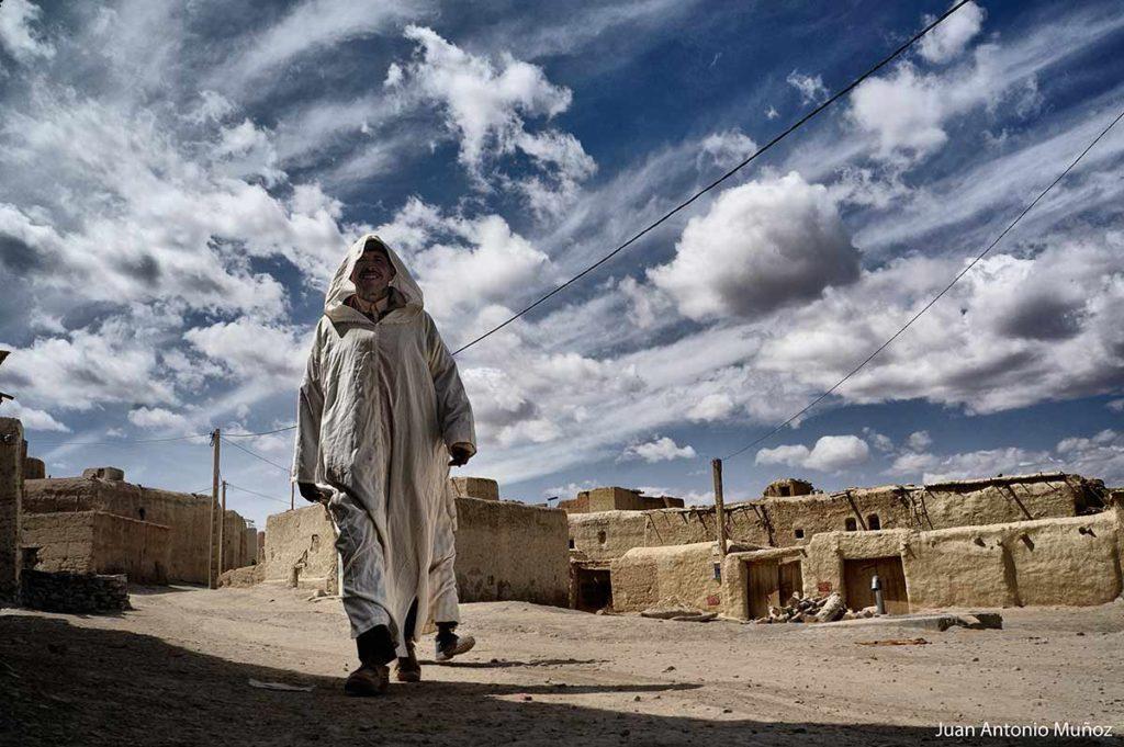 hacia el mercado Iimilchil Marruecos
