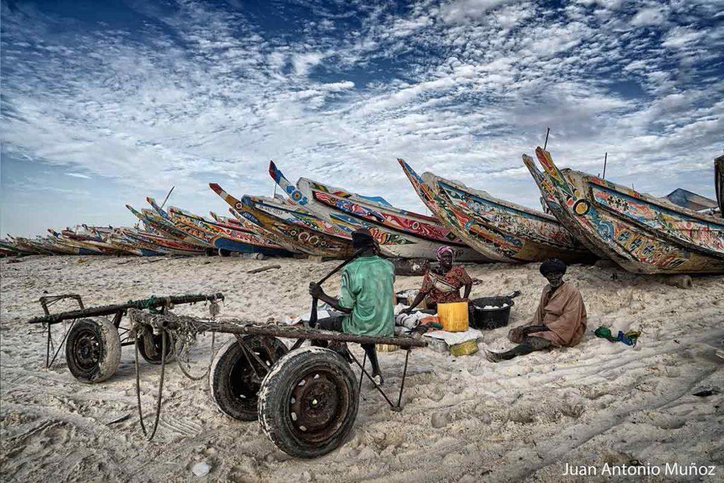 Pescadores en Nouakchott Mauritania
