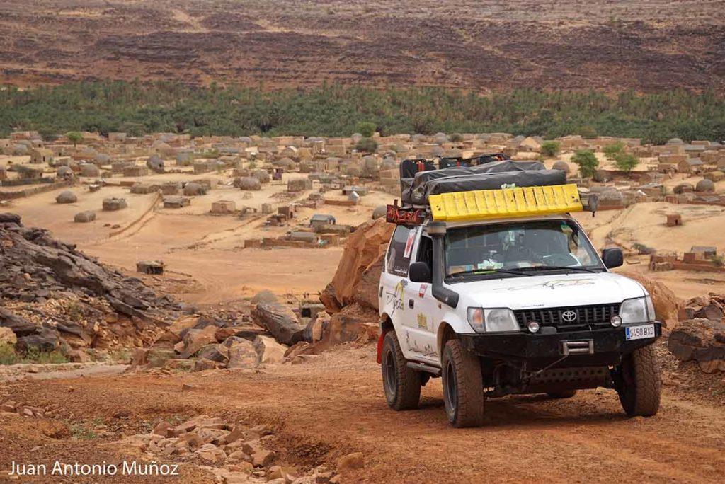 Coche en el Adrar. Mauritania