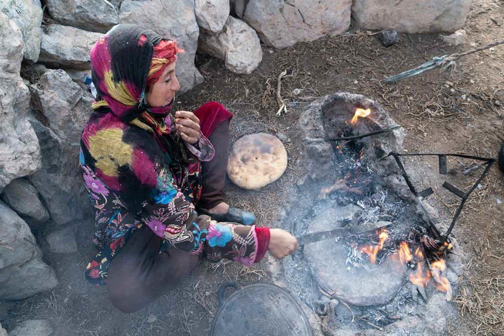 Preparando el pan. Marruecos