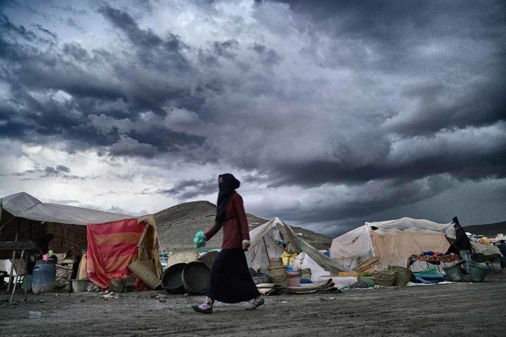 Mercado con tormenta. Marruecos