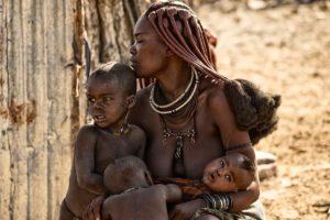 Trenzado del pelo. Namibia