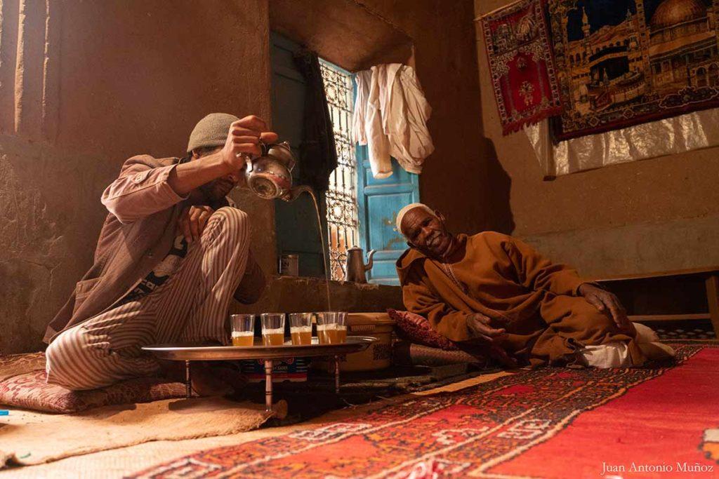Té en la kasba. Marruecos
