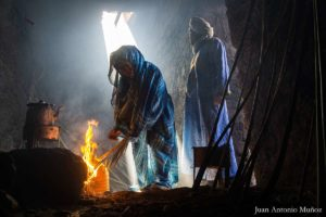 Preparando el fuego del té. Marruecos