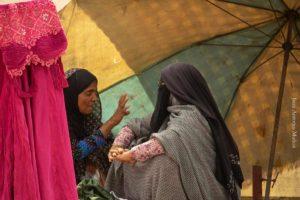 Discutiendo en Minab. Irán