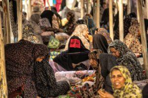 Comprando en Minab. Irán