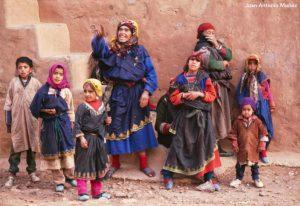 Familia bereberes Anti Atlas. Marruecos