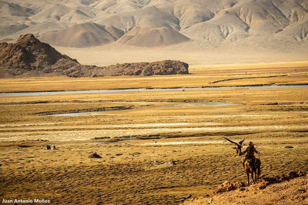 Cazador Altai. Mongolia