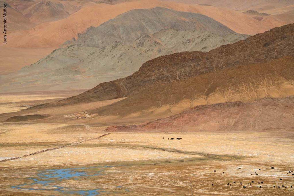 Colores de montañas. Mongolia