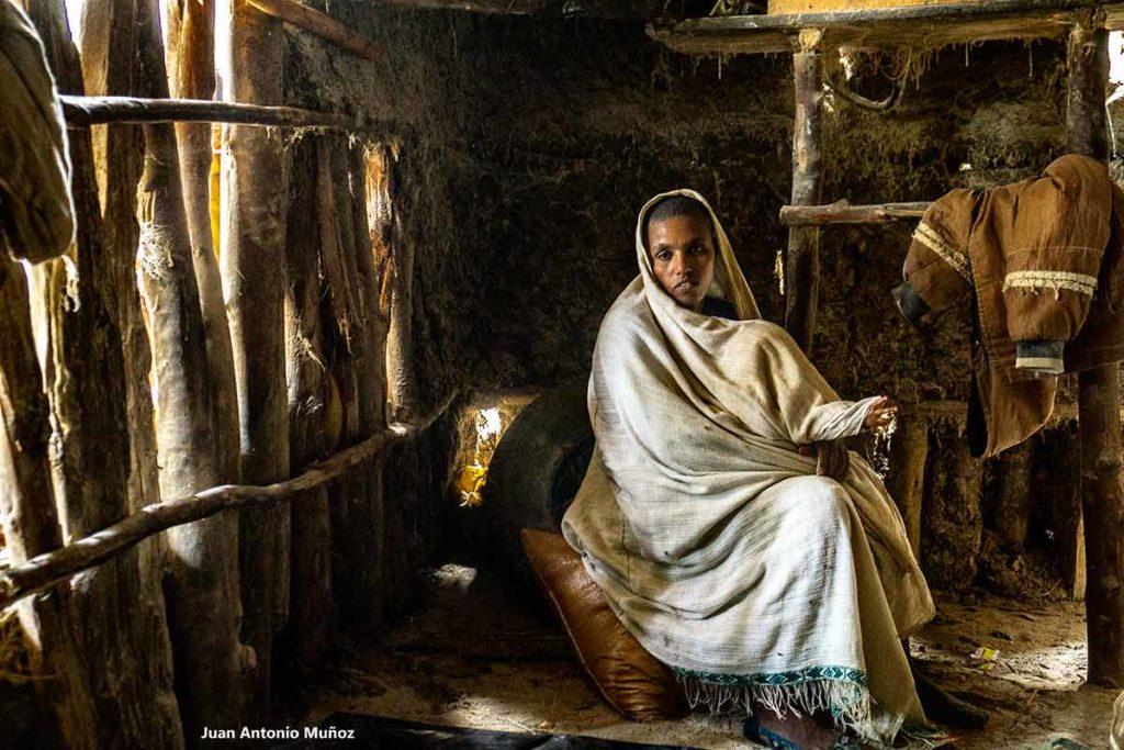 Mujer del molino. Etiopía