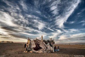 Choza con niños. Marruecos