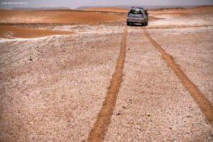 Rodadas en suelo colores. Marruecos
