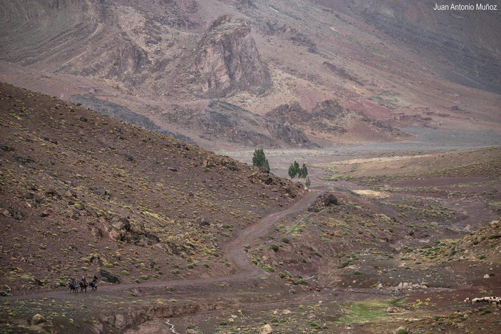 Camino a la jaima. Atlas. Marruecos