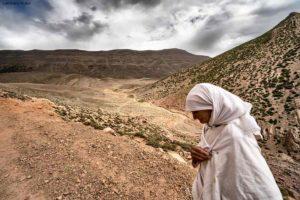 Mujer de blanco. Atlas. Marruecos