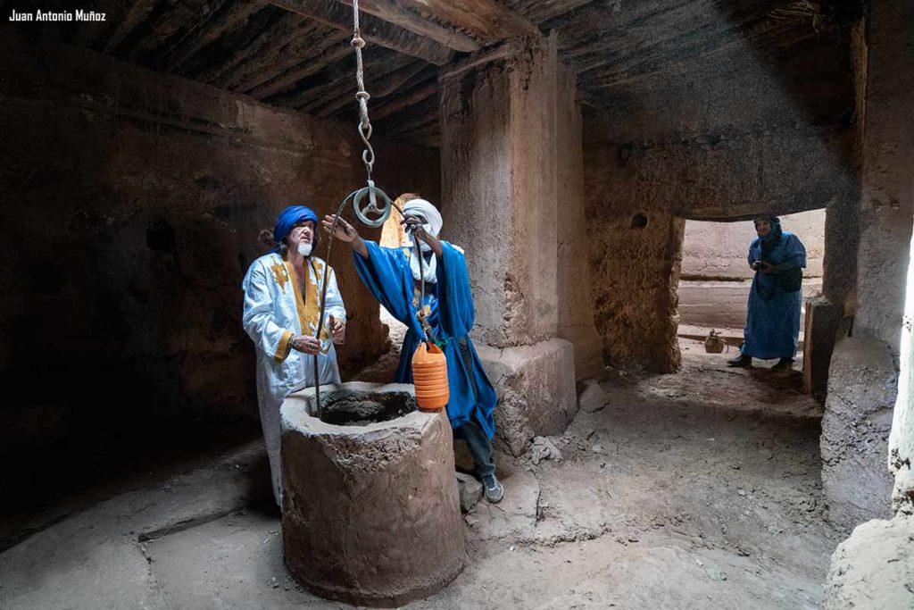 Pozo en mezquita. Marruecos